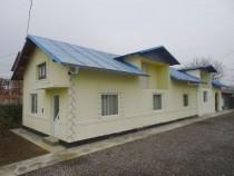 Casa cu 3 camere , zona Manesti