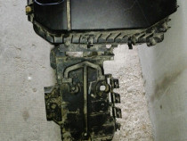 Carcasa filtru aer si suport baterie Peugeot 407, 2000 benzi
