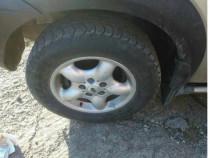 "Jante jenti pe 16"" Land Rover Freelander cu anvelope iarna"