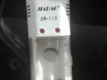 Incărcător baterii / acumulatori