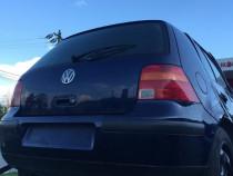 Dezmembrez Volkswagen Golf 4, 1,9 ATD 101CP fabricatie 2002