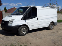 Ford transit  2.2 an 2007 AC