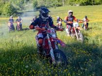 Inchiriez motociclete enduro cross