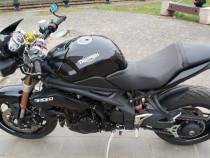 Motocicleta Triumph Speed Triple 1050 din 2011