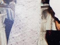 Rochie elegantă din dantelă