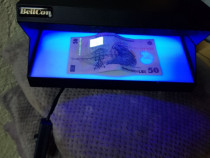 Aparat verificat bani