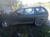 Geam fix Opel Corsa b breack
