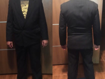 Costum stofa neagra cu pense pantaloni