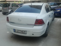 Opel Astra H Sedan