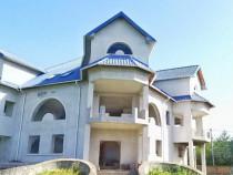 Vila in Baicoi zona DN1