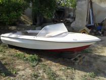 Barca fibra - pescuit sau agrement