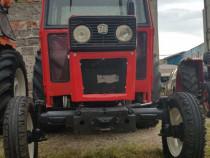 Tractor Universal U640