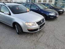 VW Passat 1.9 TDI-Manual-2006-Clima-Finantare