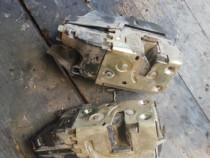 Inchidere centralizata cu motoras renault laguna 2