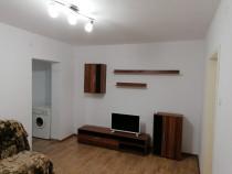 Inchiriere apartament 2 camere renovat zona Decebal