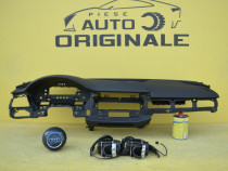 Plansa bord neagra Audi A4 B9 8W Include plansa bord, airbag