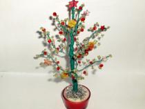 Bradutet / pom decorativ cu margele diverse