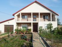 Vila in Petrachioaia (la 7 km de Afumati, 17 de Bucuresti )
