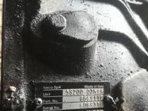 Cutie iveco in 5 trepte motor 2.8
