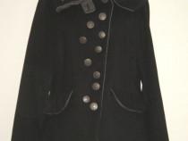 Jacheta noua, cu nasturi si guler chic