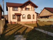 Vila in Plesesti Berca, zona centrala