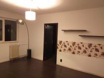 Apartament 2 camere zona piata Malu Rosu