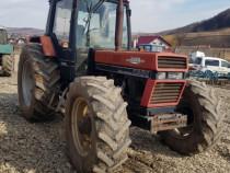 Dezmembrez Tractor Case Internațional 1056 XL