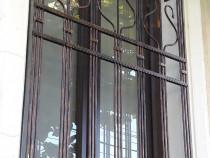 Grilaj fereastra D015