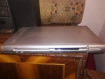DVD Player DAEWOO DM-K40 cu karaoke