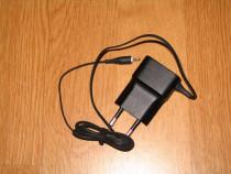 Incarcator retea priza telefon mobil nokia mufa subtire