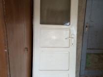 Ușa de interior