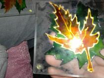 Suport patrat sticla cu desen frunza de arțar