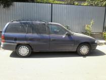 Dezmembrez Opel Astra F Caravan