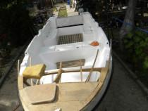 Barcă pescuit, motor, peridoc