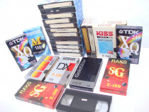 Lot de 25 de casete video cu filme din anii '80-2005