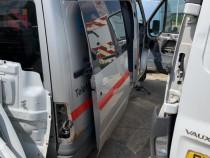 Usa Culisanta Cu Geam Ford Transit 2.2TDCI Microbuz Dubita 2