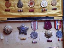 Lot decoratii ordine si medalii comuniste