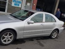 Mercedes C220 an 2001