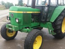 Tractor John Deere 2130