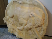 Tablou sculptat in lemn, modele rotunde, ovale, la comanda