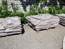 Caut meserias pentru montat gresie si granit exterior