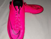Ghete fotbal Nike Mercurial mărime 38.5