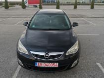 Opel Astra j Sporturer