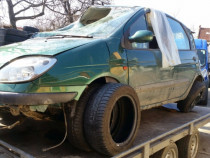 Piese renault scenic 2001