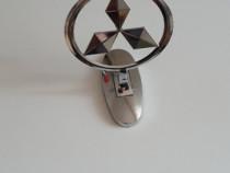 Sigla Mitsubishi cromata