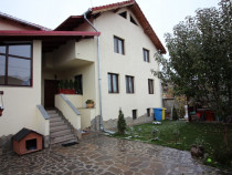 Proprietar, inchiriez apartament 2 cam in vila, Brasov