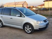 VW Touran 1.6 MPI 105 cp 7 locuri