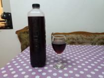 Vin rosu de casa natural 100%