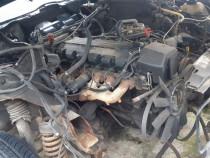 Motor mercedes m103 an 1991 capacitate 3000 cm