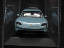 Macheta Porsche Taycan 4S Minichamps 1:43